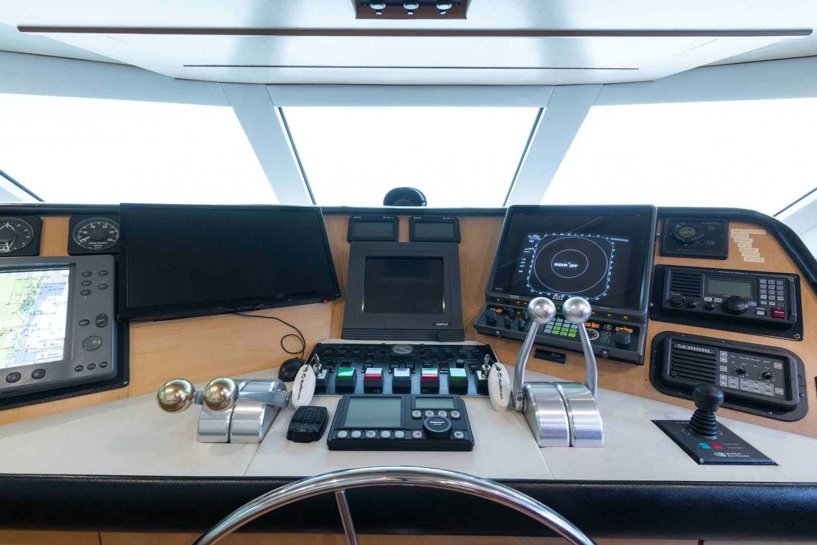 1998 Hatteras 74' Sport Deck No Name | Picture 3 of 72