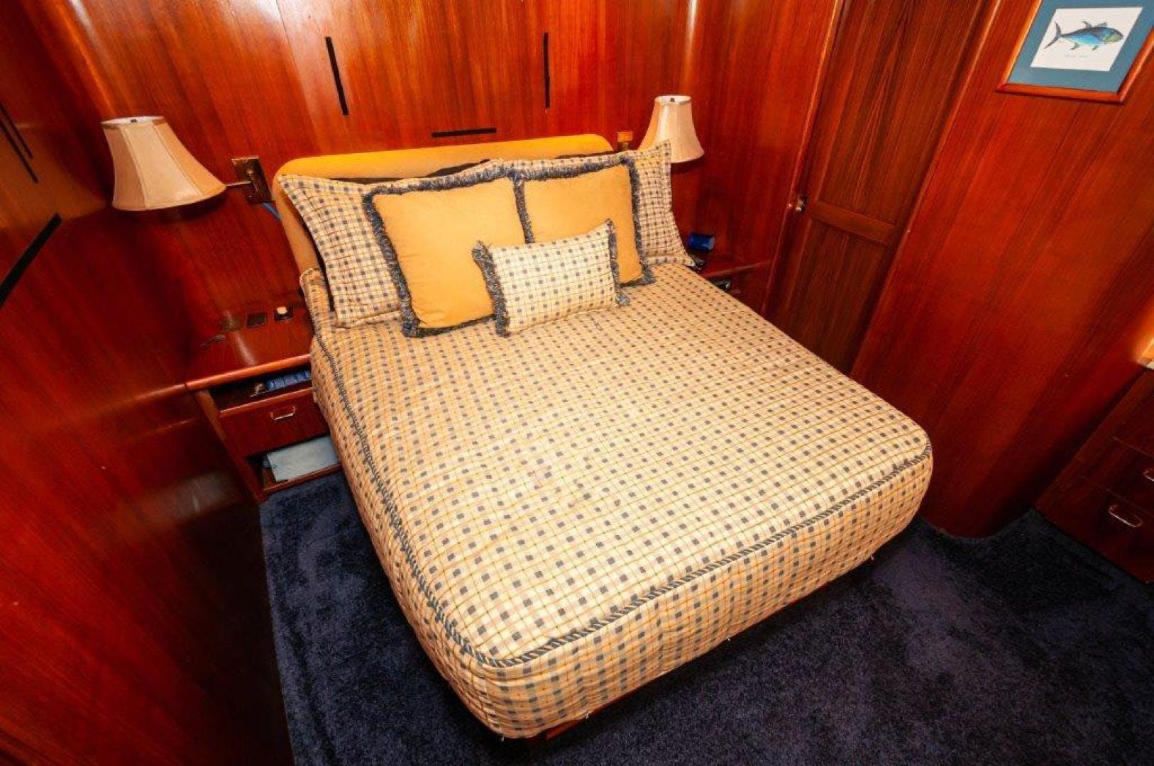 1989 Ocean Yachts 63' 63 Super Sport Reel Blue | Picture 5 of 57