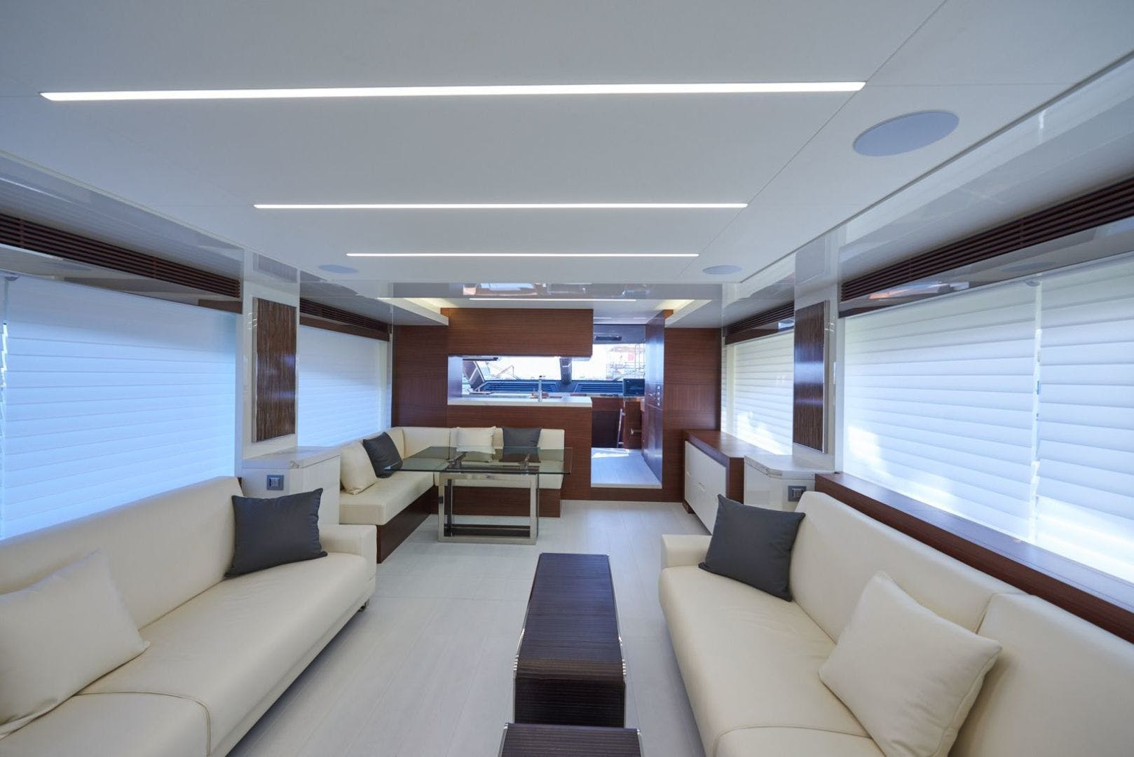 2020 Astondoa 80' 80 Flybridge  | Picture 6 of 29