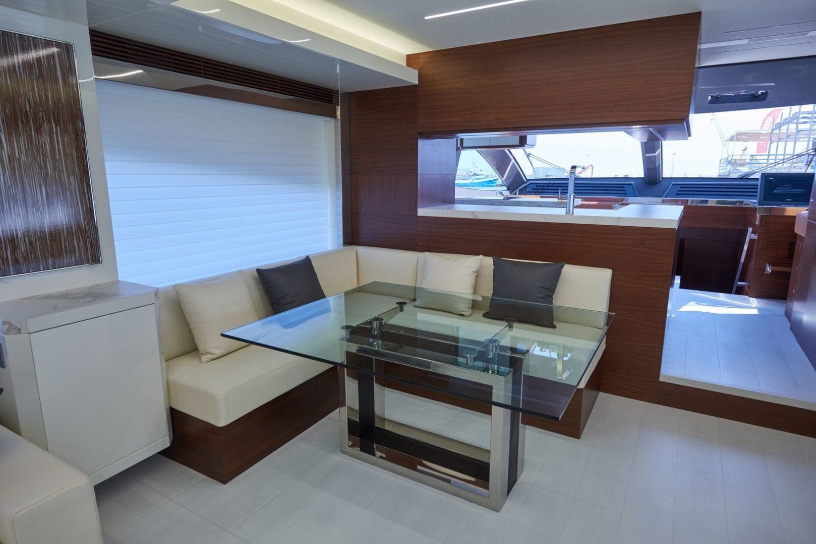 2020 Astondoa 80' 80 Flybridge  | Picture 7 of 29