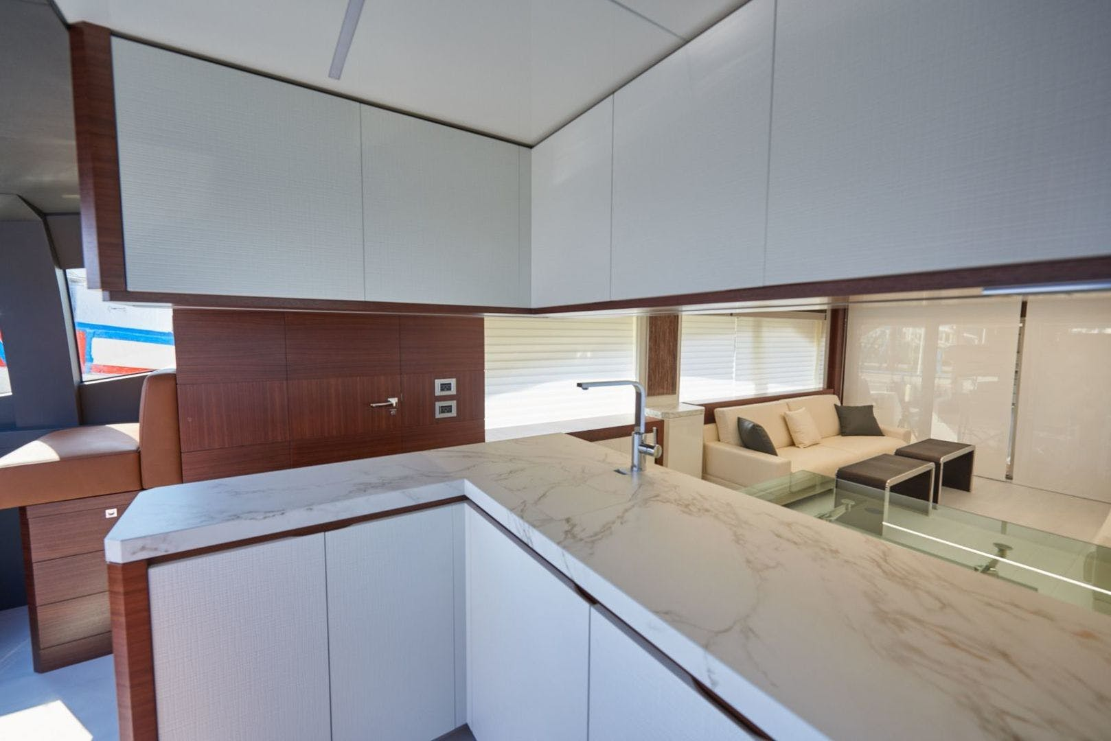 2020 Astondoa 80' 80 Flybridge  | Picture 5 of 29