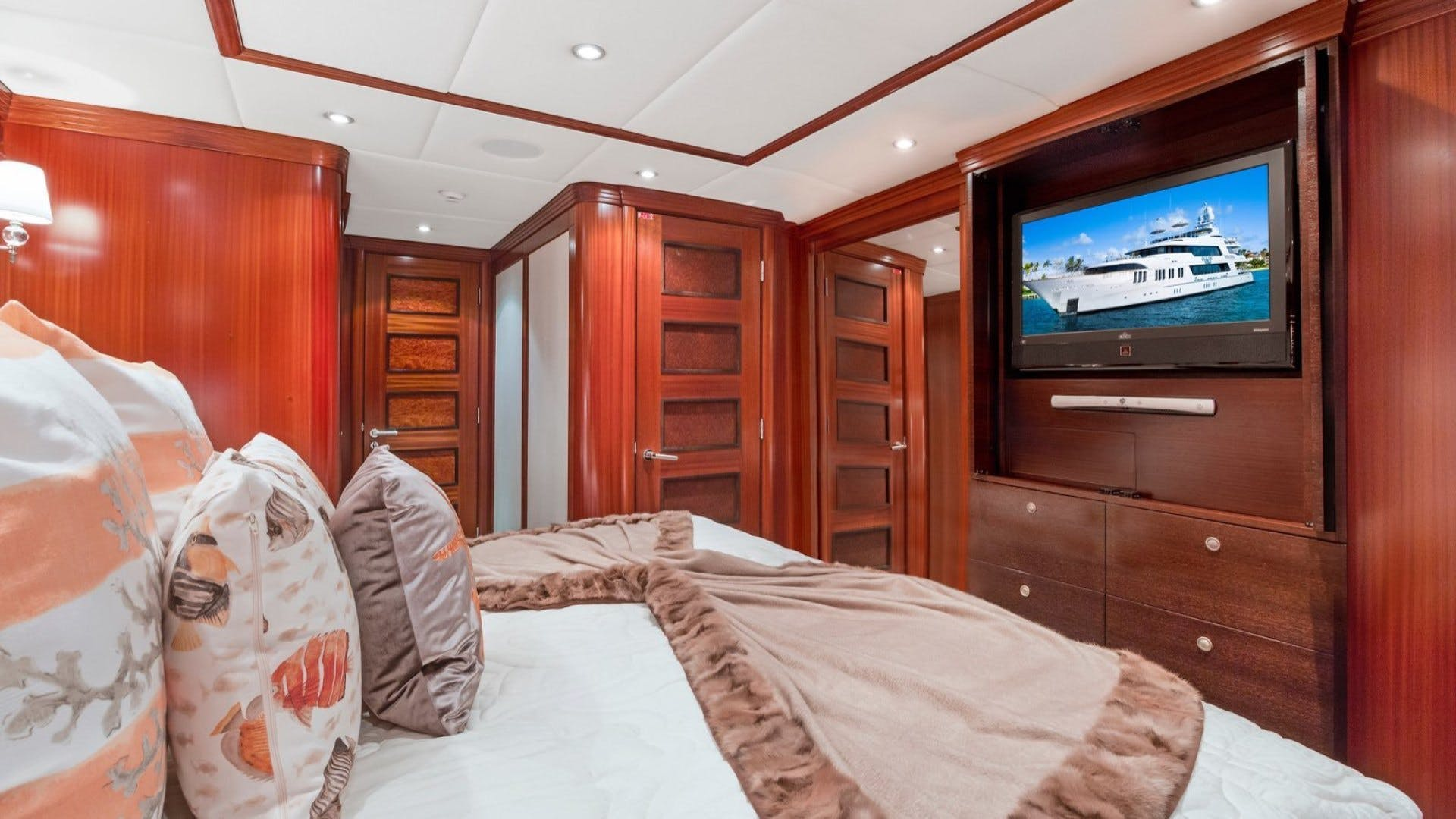 2009 Trinity Yachts 164' Tri-Deck Motor Yacht OCEAN CLUB | Picture 5 of 35