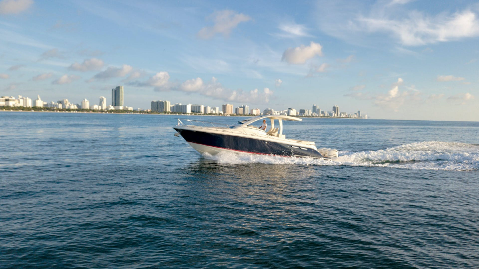 2018 Chris-Craft 38' Euro Launch CAPRICE | Picture 3 of 32