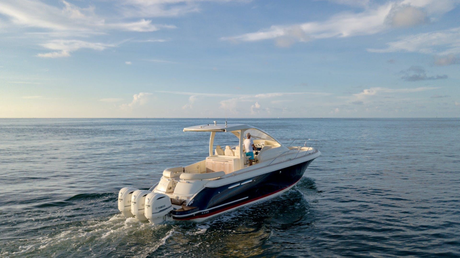 2018 Chris-Craft 38' Euro Launch CAPRICE | Picture 7 of 32