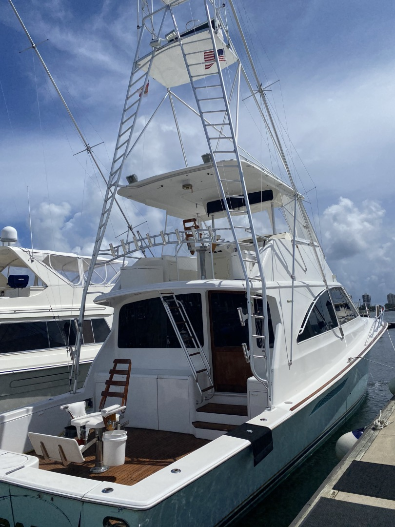 60' Ocean Yachts 1997 Super Sport Reel Therapy
