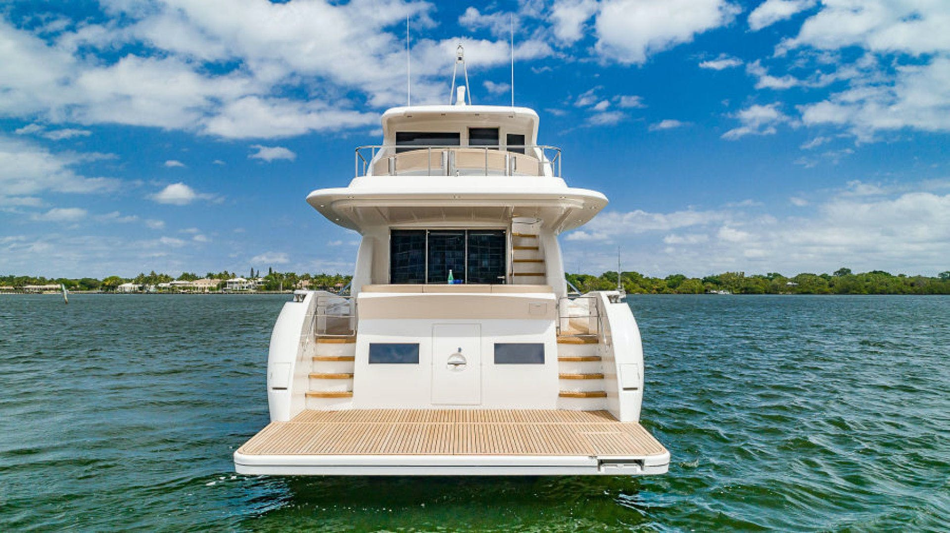 2021 Dyna Yachts 68' 68 Skylounge  | Picture 4 of 46