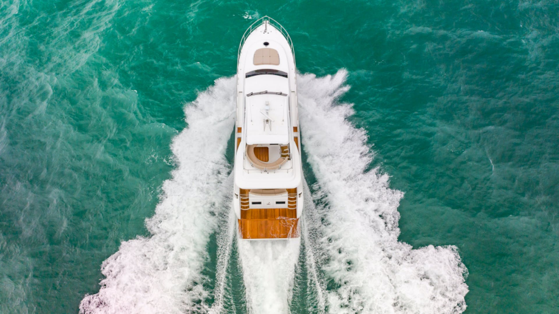 2021 Dyna Yachts 68' 68 Skylounge    Picture 4 of 46