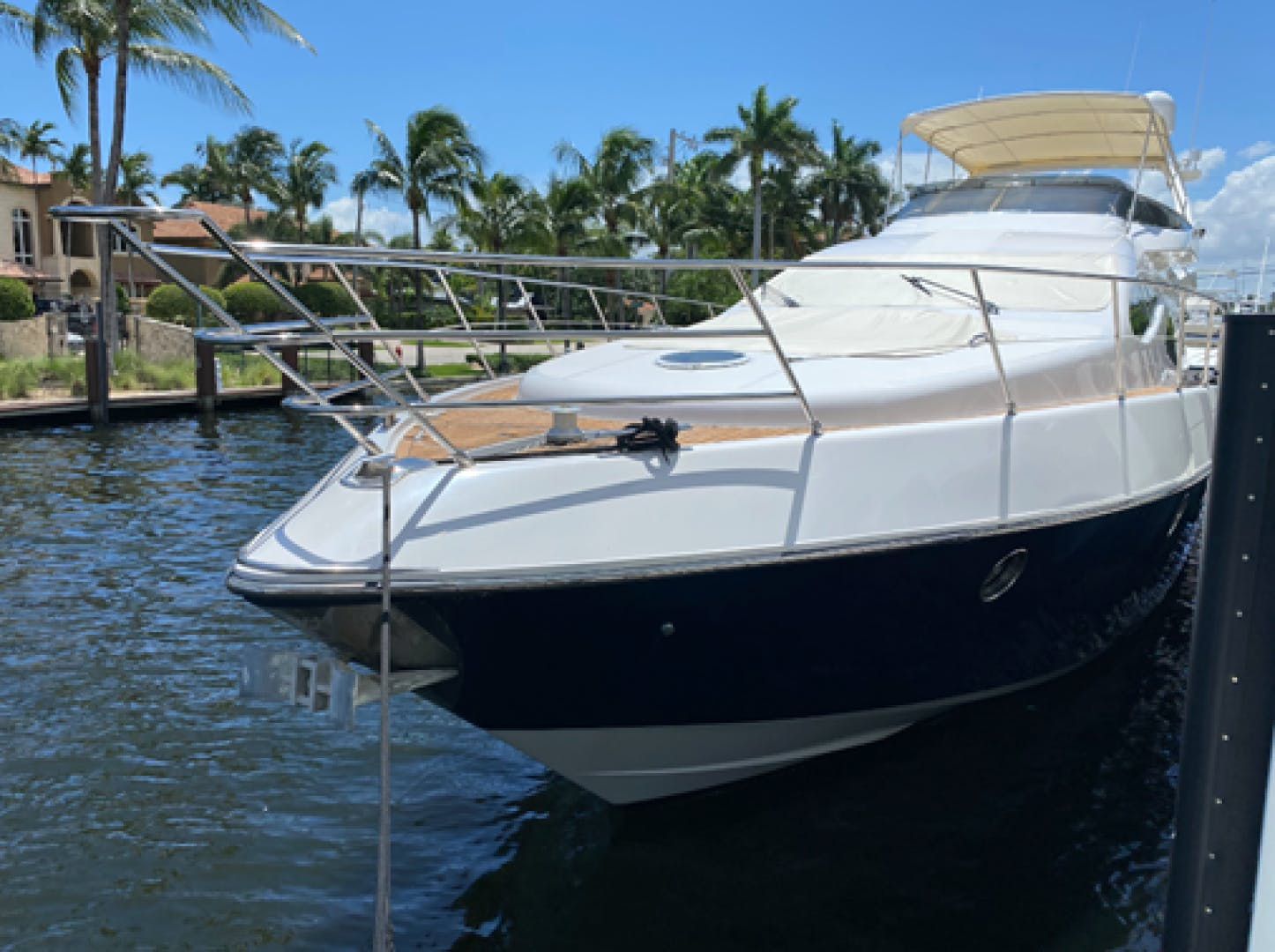 2005 Azimut 68'  EUROPA | Picture 5 of 11