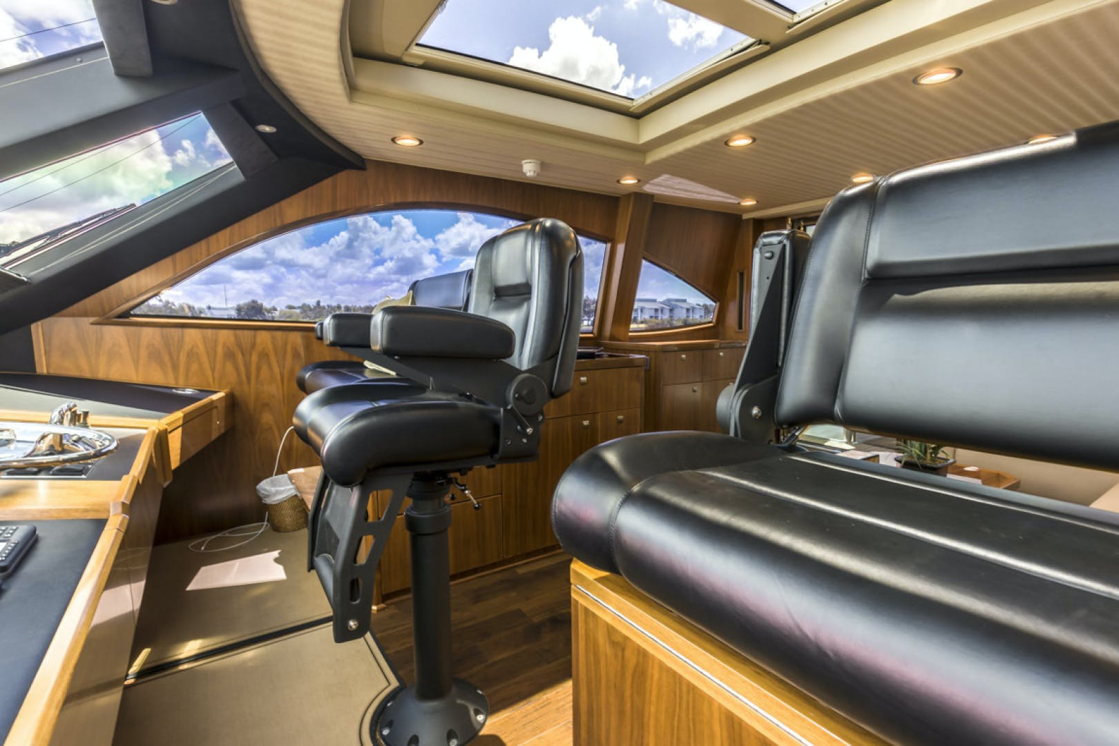 2015 Viking 75' 75 Motor Yacht Knot Guilty | Picture 1 of 98