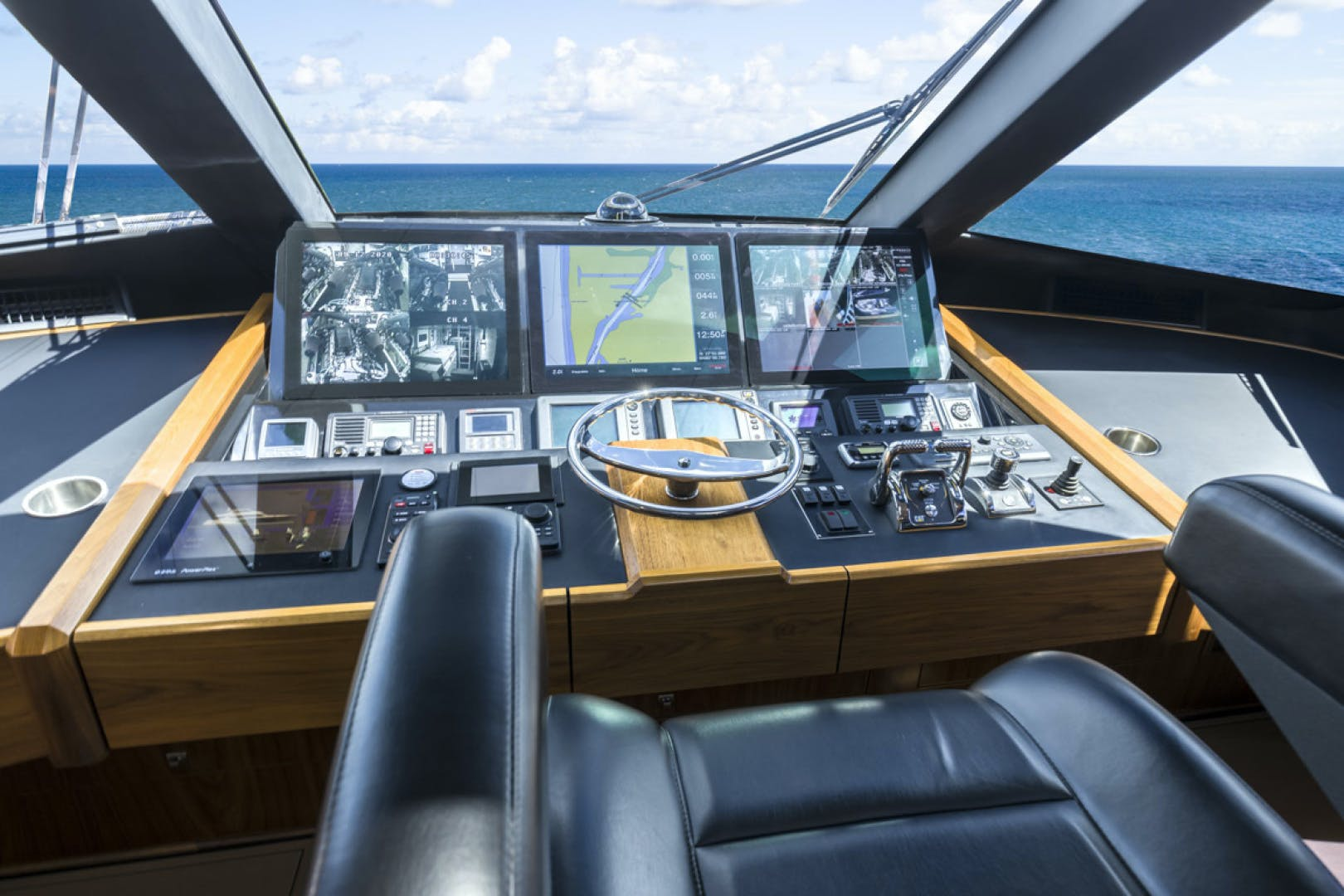 2015 Viking 75' 75 Motor Yacht Knot Guilty | Picture 8 of 98