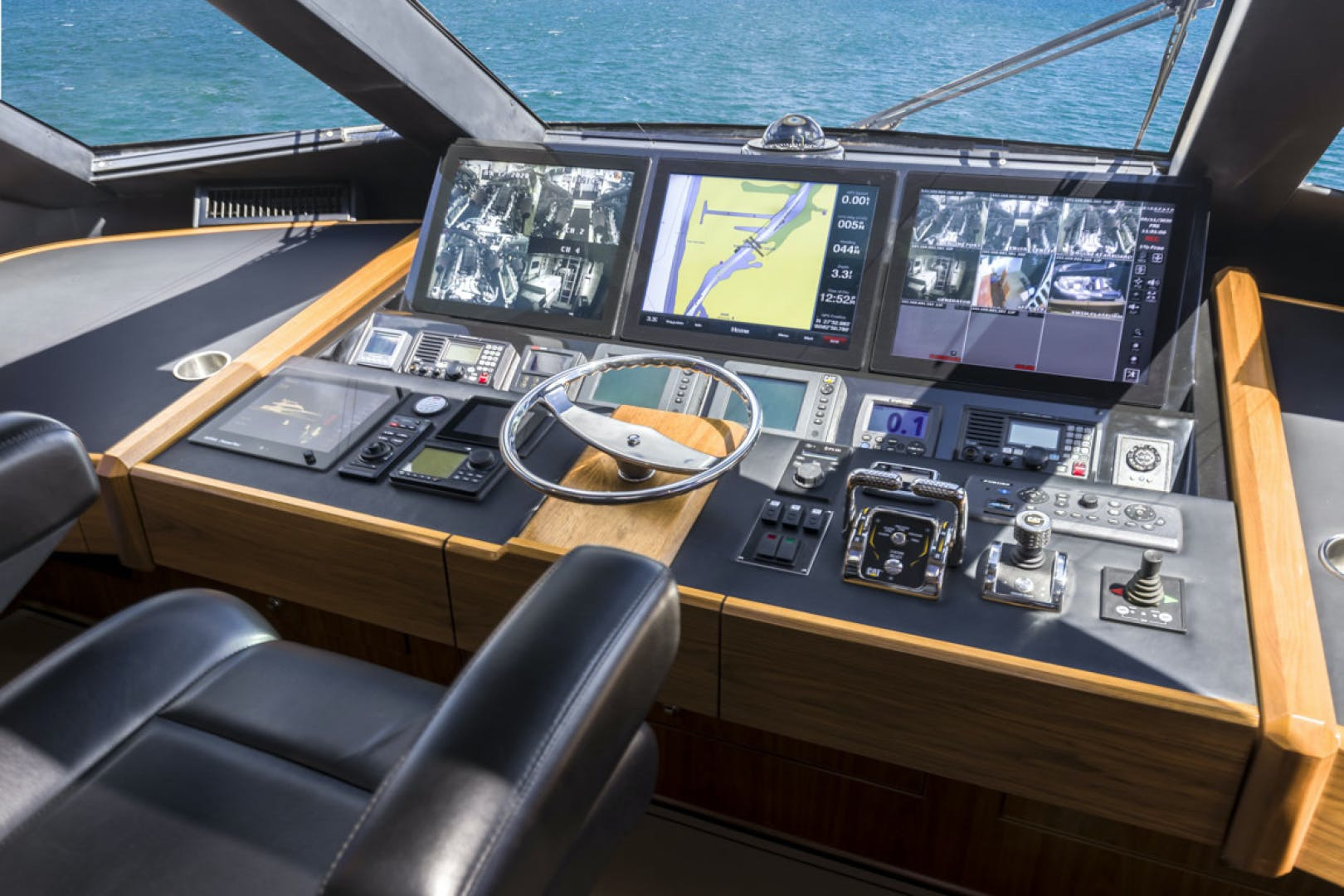 2015 Viking 75' 75 Motor Yacht Knot Guilty | Picture 3 of 98