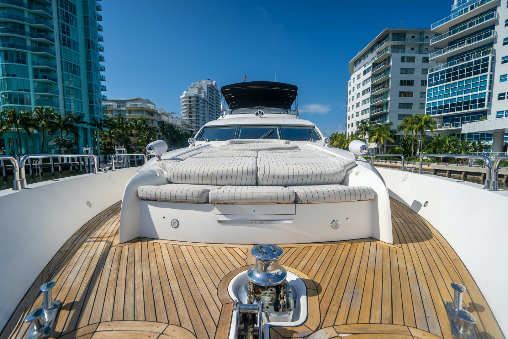 2003 Sunseeker 92' 94 Yacht SWWC | Picture 4 of 27