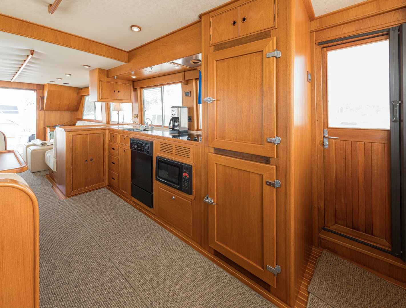 2001 Grand Banks 52' Europa 52 Pour Vous   Picture 3 of 33