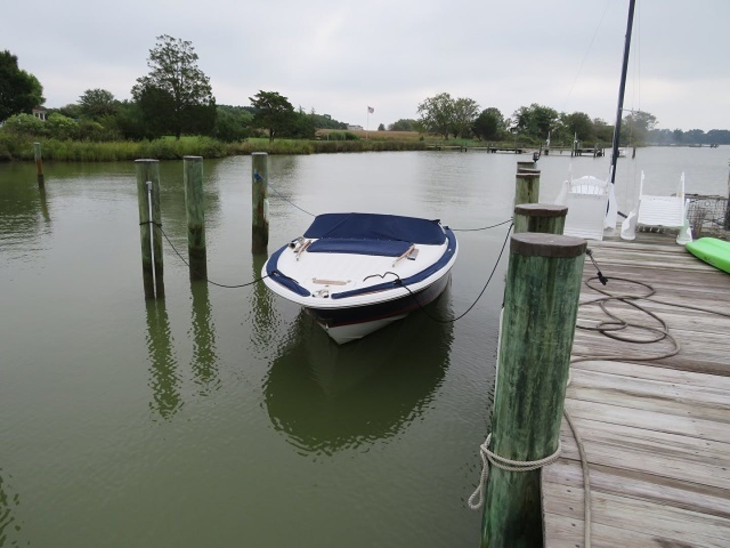 2007 Chris-Craft 22' Lancer No Name | Picture 3 of 17