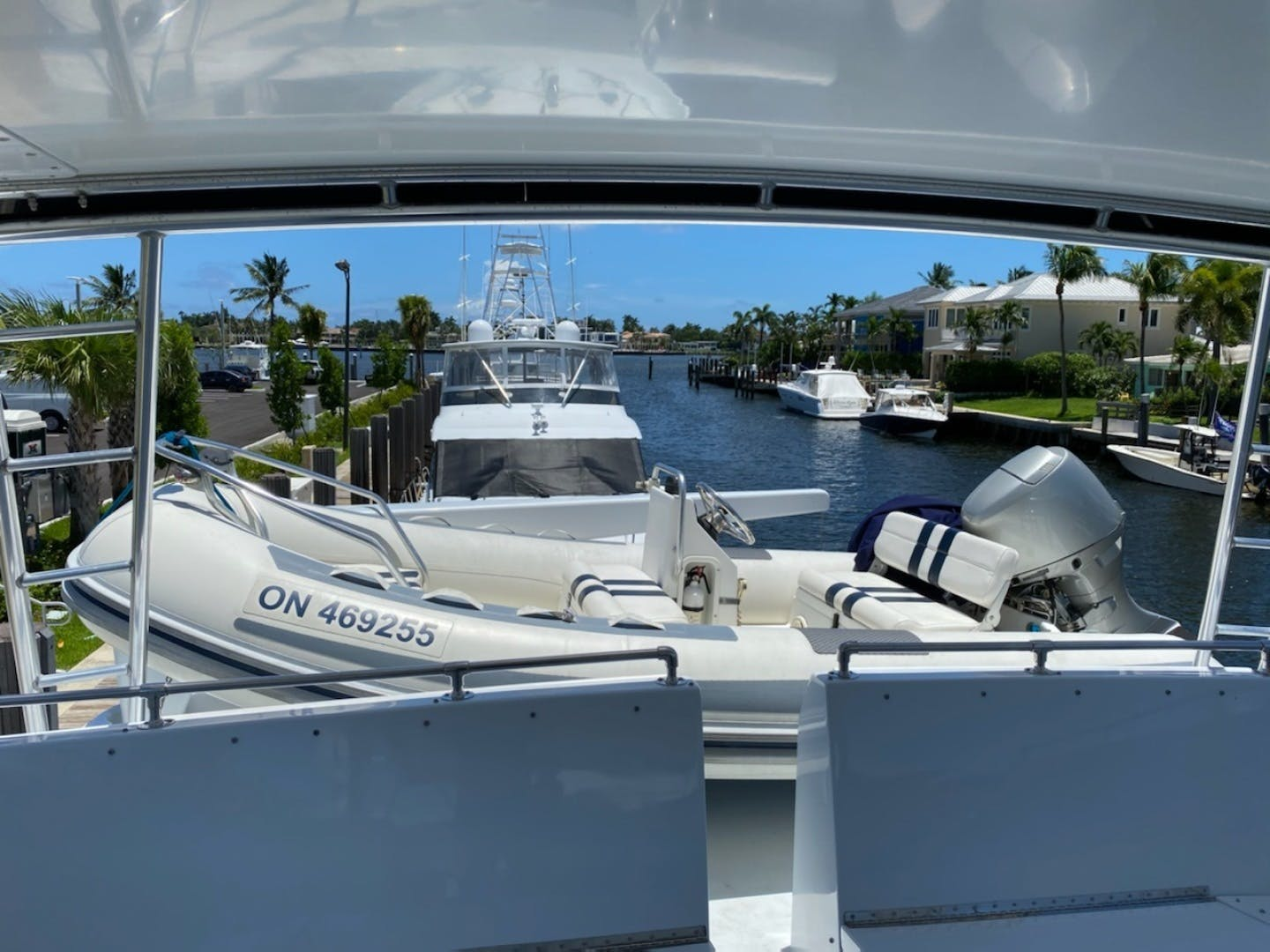 1992 Hatteras 67' Extended Deckhouse Loafers Paradise | Picture 6 of 38