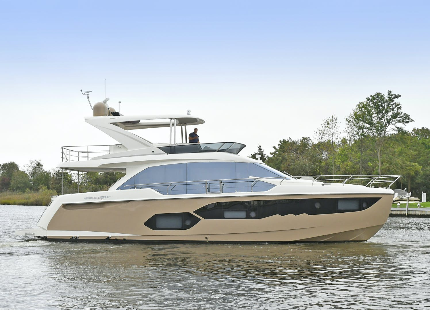 2019 Absolute 58' 58 Fly Tre Sea | Picture 5 of 71