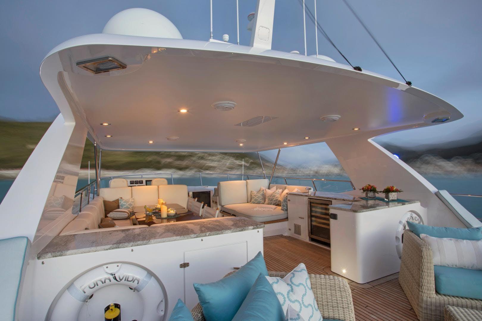 2009 Moonen 98' Flybridge Motor Yacht PURA VIDA | Picture 6 of 52