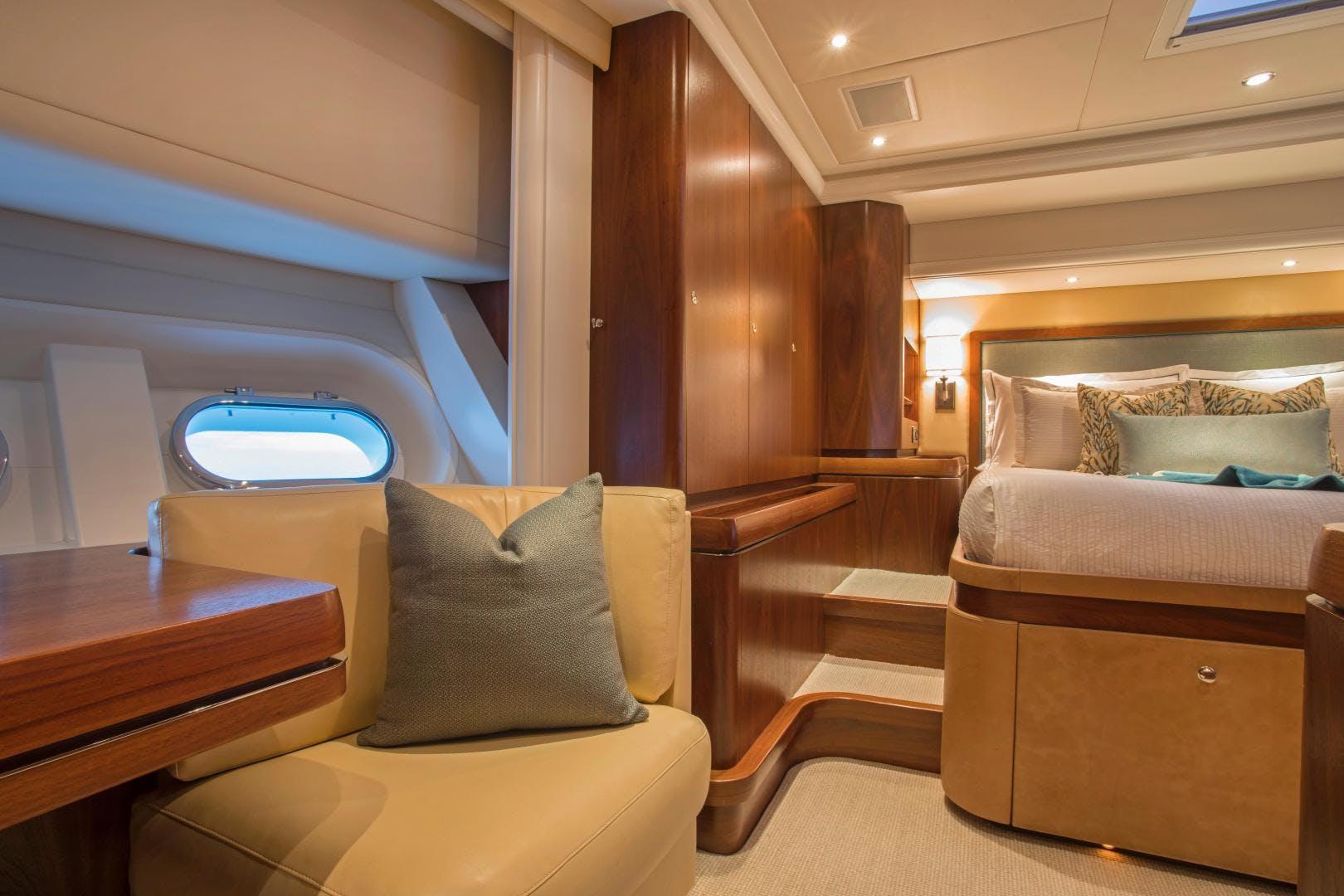 2009 Moonen 98' Flybridge Motor Yacht PURA VIDA | Picture 8 of 52