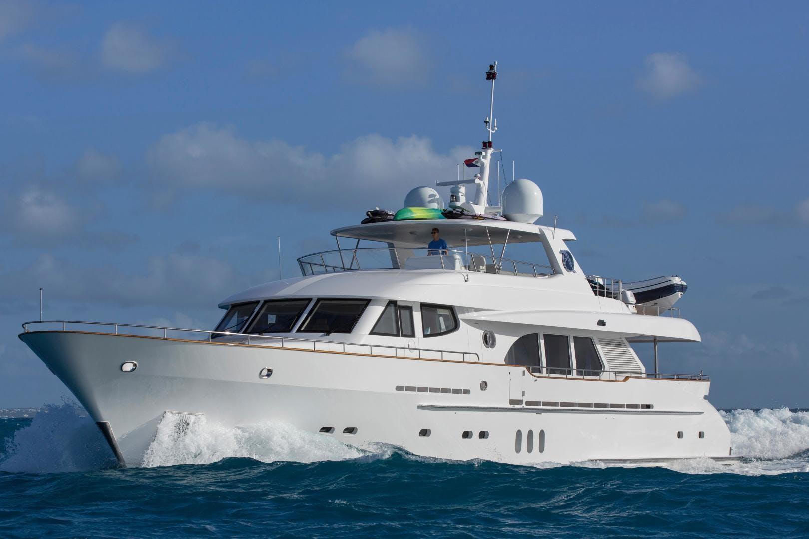 2009 Moonen 98' Flybridge Motor Yacht PURA VIDA | Picture 5 of 52