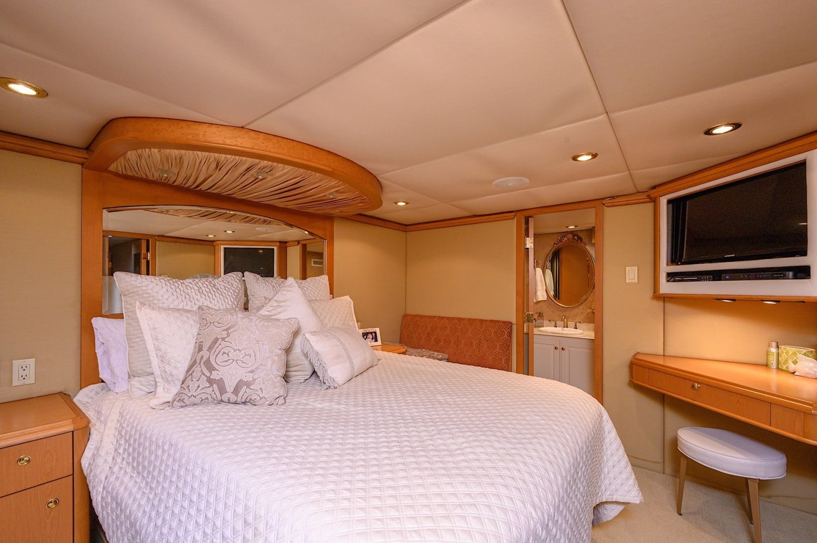 2003 Custom 82' 82 Motor Yacht Come Monday | Picture 1 of 23