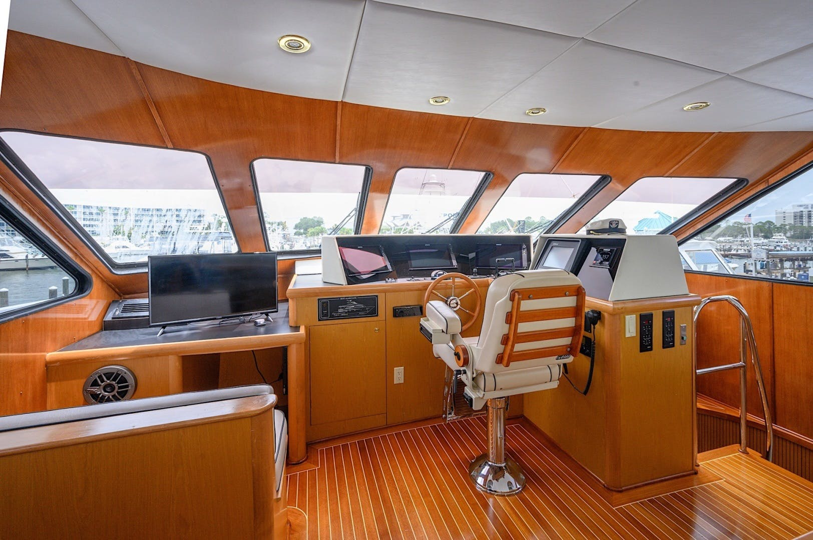 2003 Custom 82' 82 Motor Yacht Come Monday | Picture 6 of 23