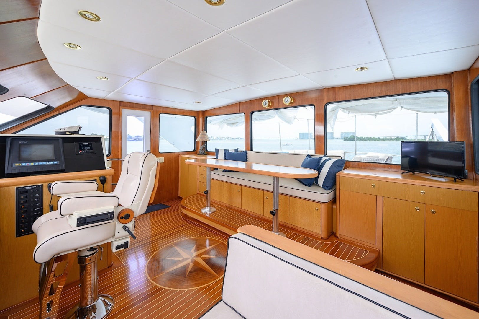 2003 Custom 82' 82 Motor Yacht Come Monday | Picture 8 of 23