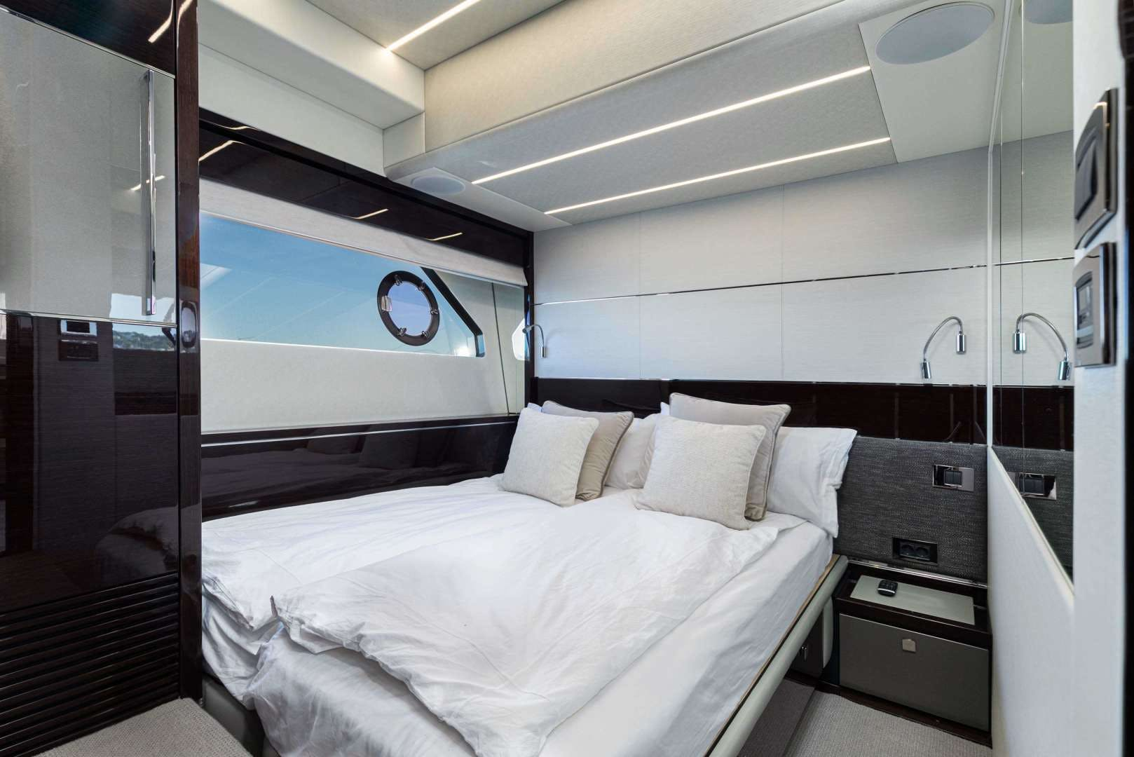 2019 Sunseeker 74'  H | Picture 1 of 31