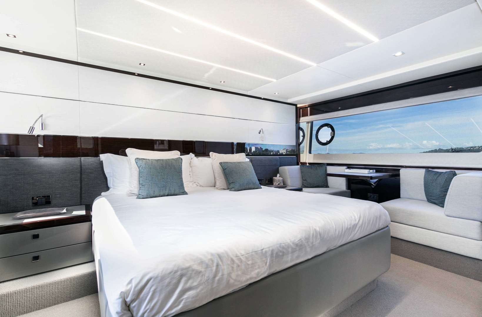 2019 Sunseeker 74'  H | Picture 4 of 31