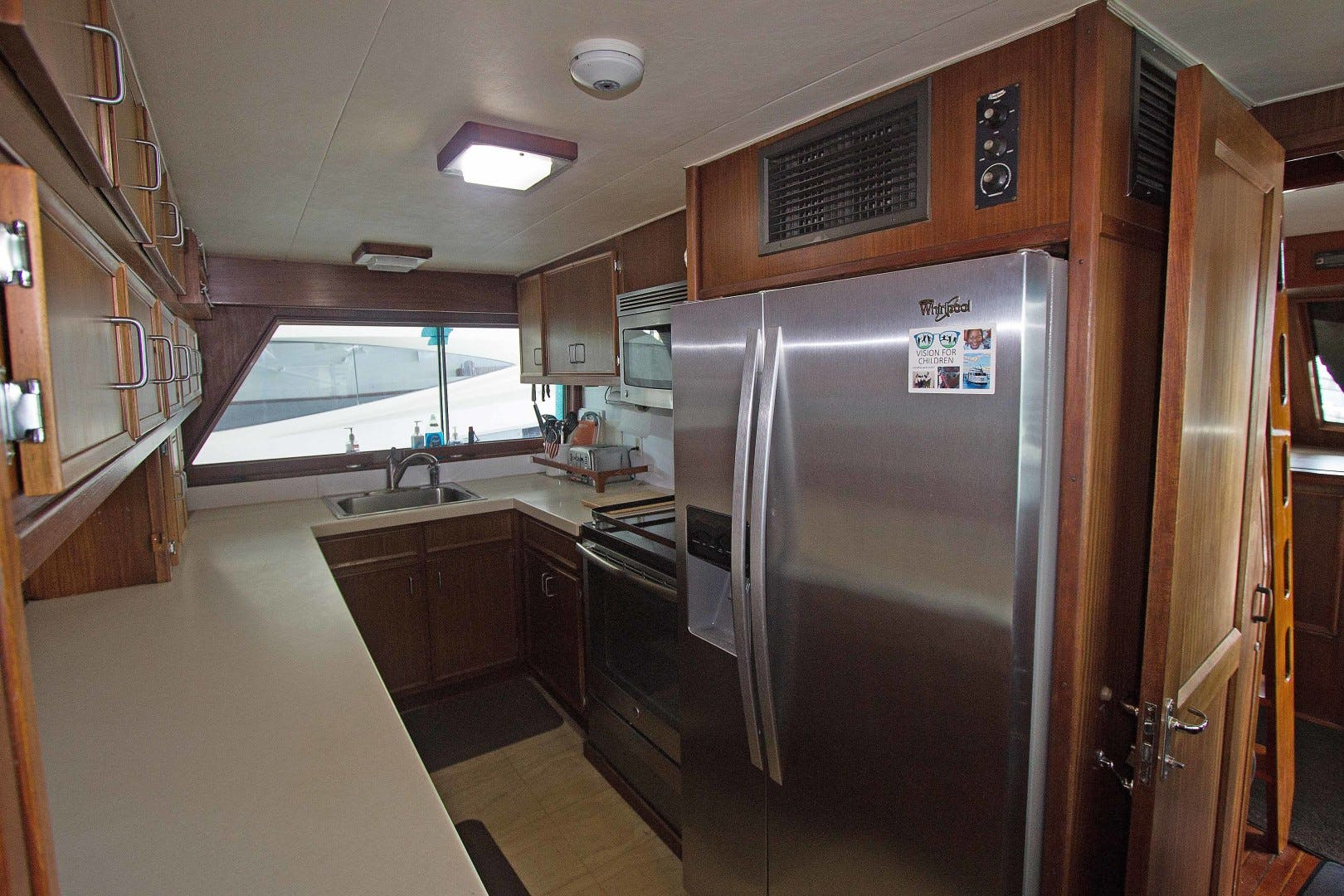 1981 Hatteras 70' Extended Deck Vision For Children | Picture 4 of 26