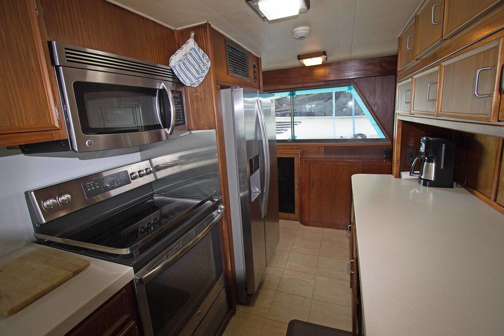 1981 Hatteras 70' Extended Deck Vision For Children | Picture 3 of 26