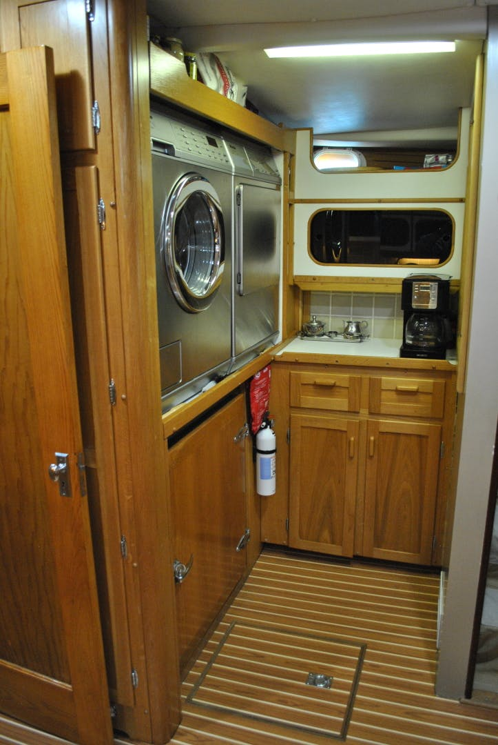 1963 Trumpy 84' Classic WISHING STAR | Picture 8 of 23