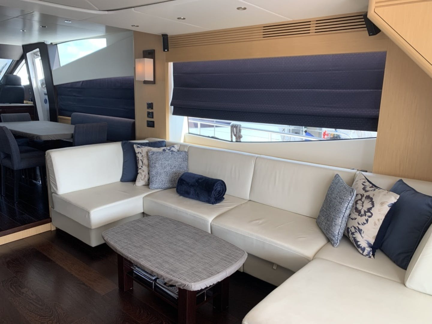 2016 Sunseeker 75' yacht Blue Marker | Picture 7 of 49