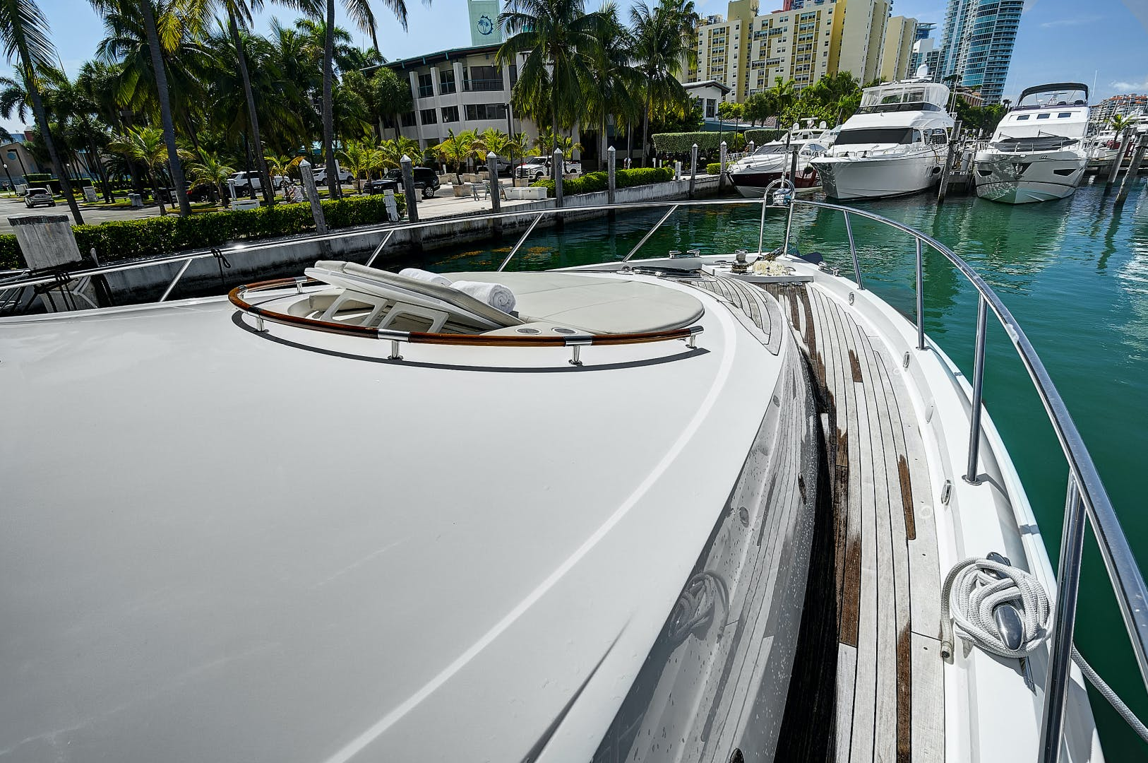 2007 Lazzara 75' LSX Lady H | Picture 3 of 37