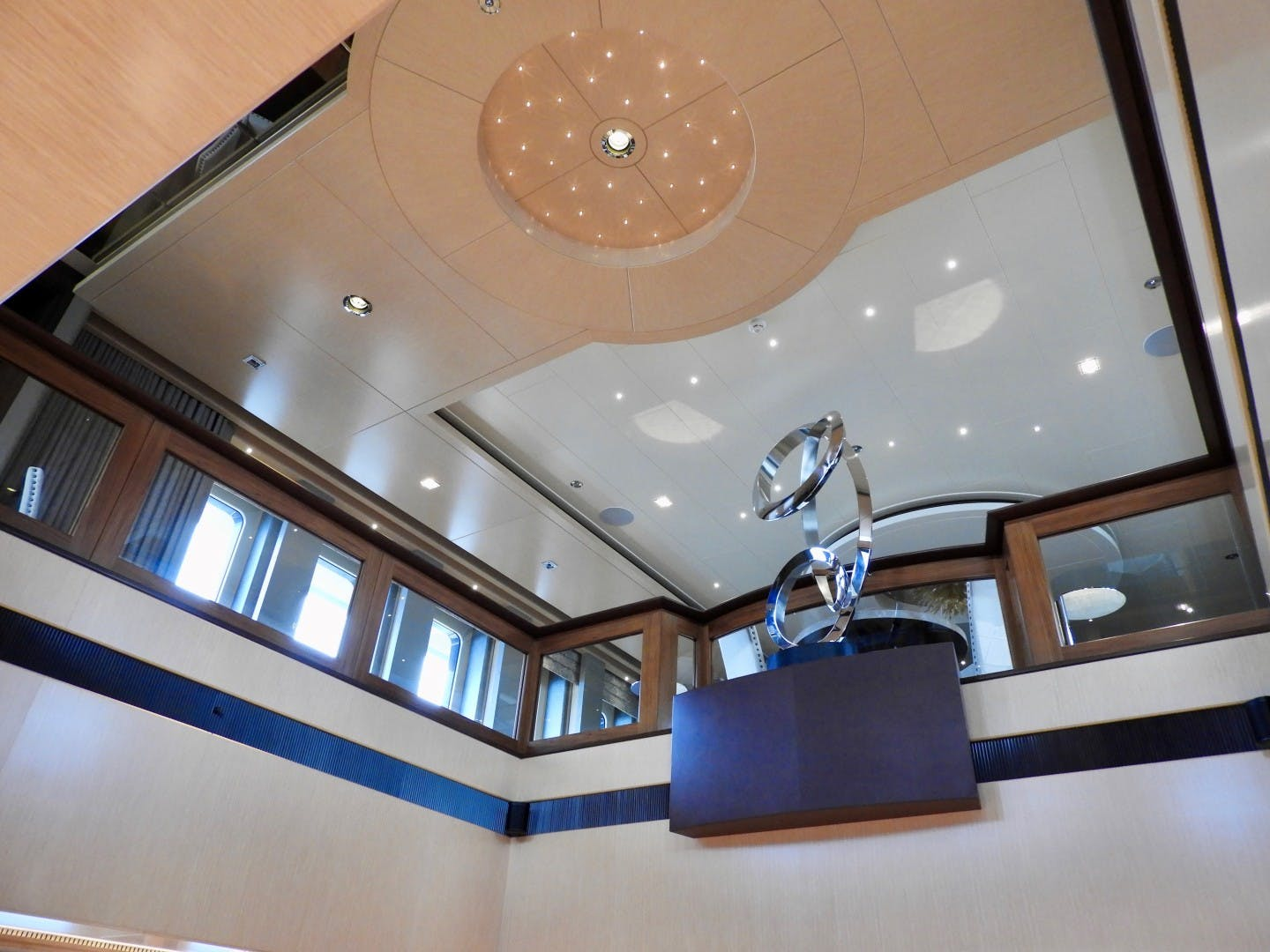 2012 Turquoise 238'  QUANTUM OF SOLACE | Picture 5 of 46
