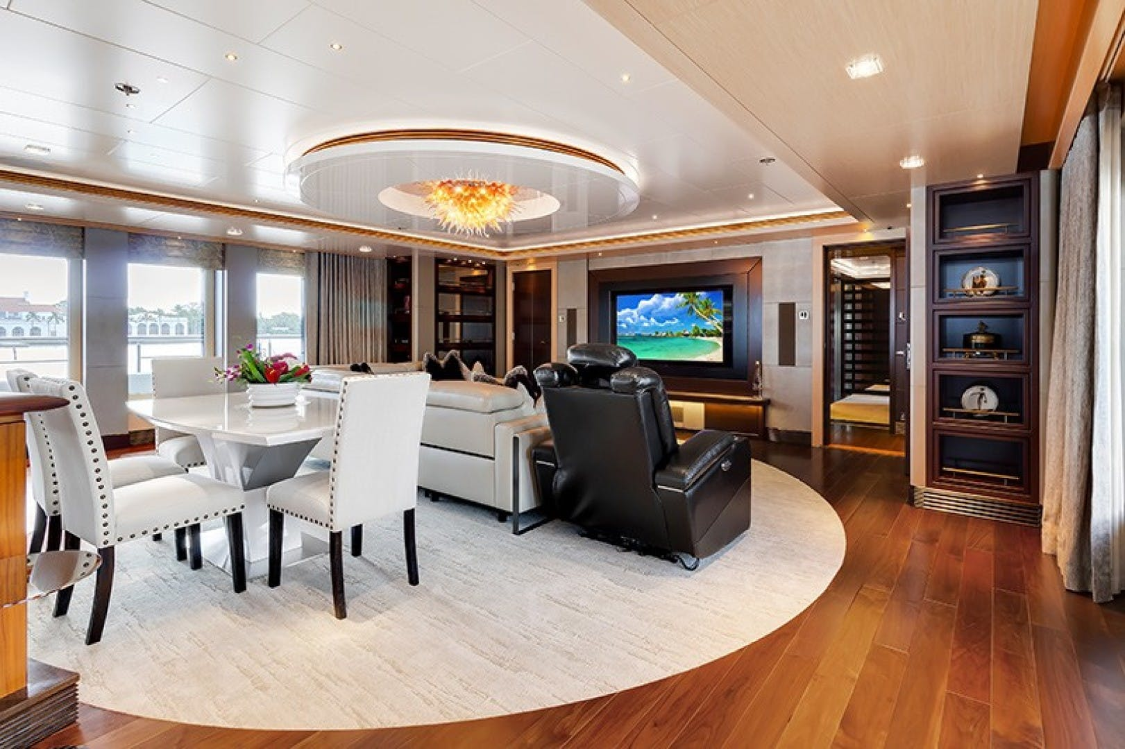 2012 Turquoise 238'  QUANTUM OF SOLACE | Picture 2 of 54
