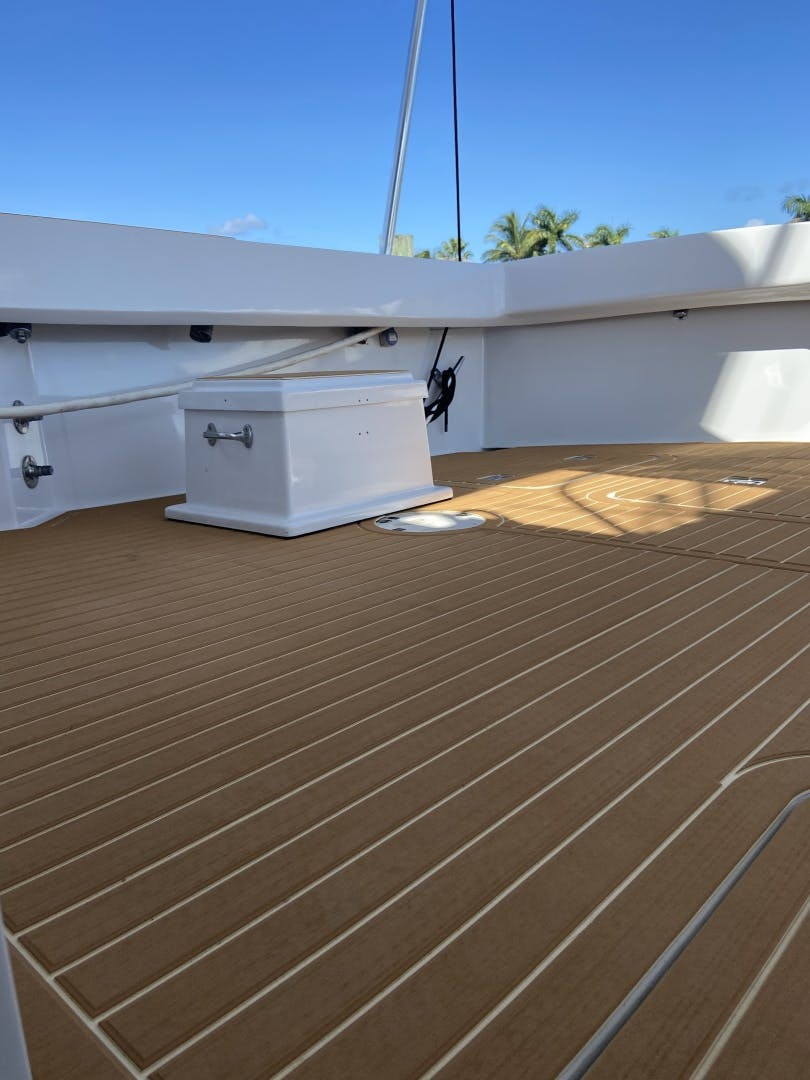 2002 Hatteras 60'   | Picture 6 of 36