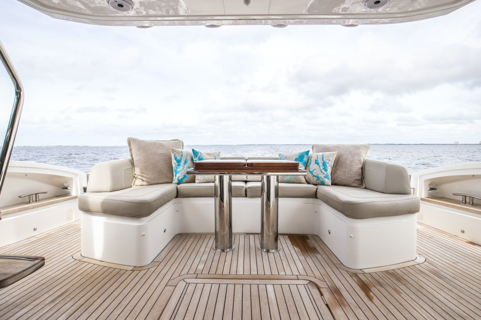 2019 Princess 65' S65 Paragon | Picture 3 of 81