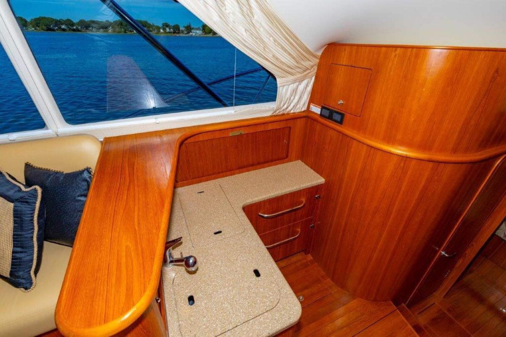 2013 Tiara Yachts 39' Convertible ALLIE CAT | Picture 1 of 50
