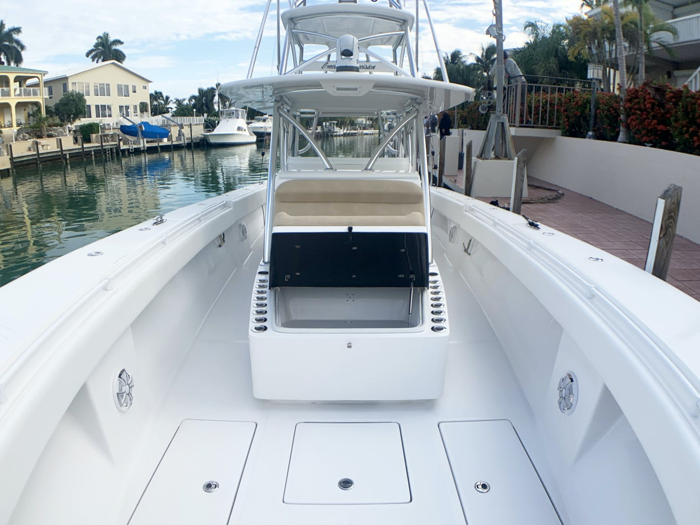 2015 SeaHunter 45' 45    Picture 3 of 21