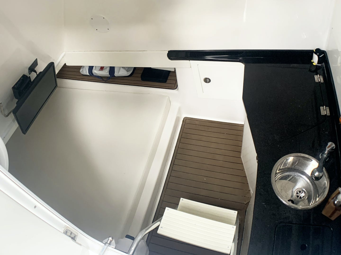2015 SeaHunter 45' 45    Picture 8 of 21