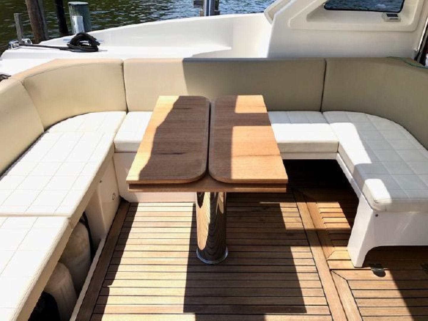 2014 Absolute 54' 56 STY  | Picture 7 of 39