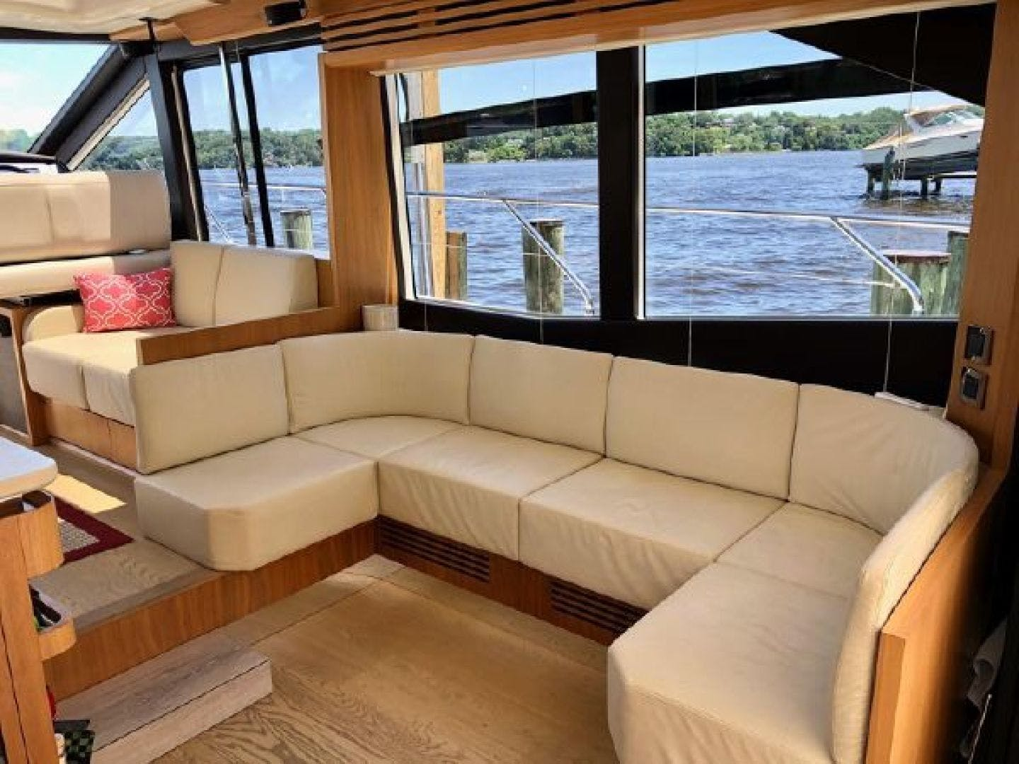 2014 Absolute 54' 56 STY  | Picture 5 of 39