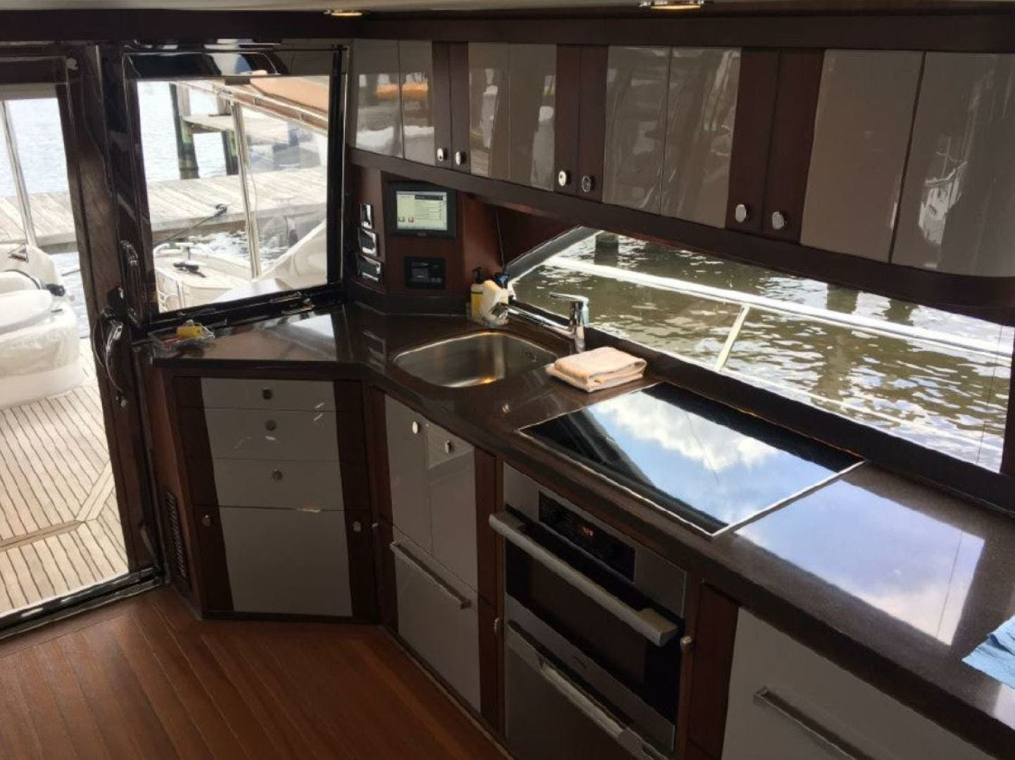 2015 Riviera 54' 54 DB  | Picture 5 of 13