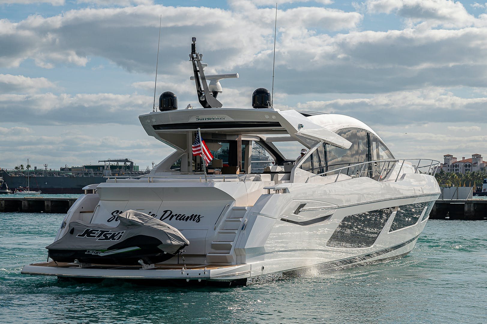 2019 Sunseeker 74' PREDATOR 74  | Picture 5 of 53