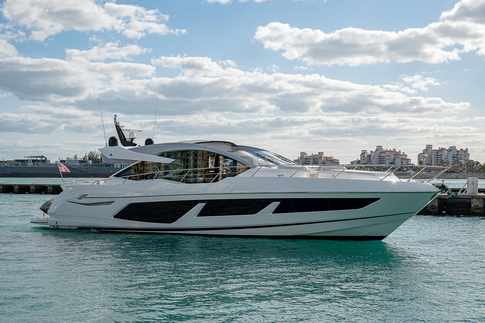 2019 Sunseeker 74' PREDATOR 74  | Picture 1 of 53