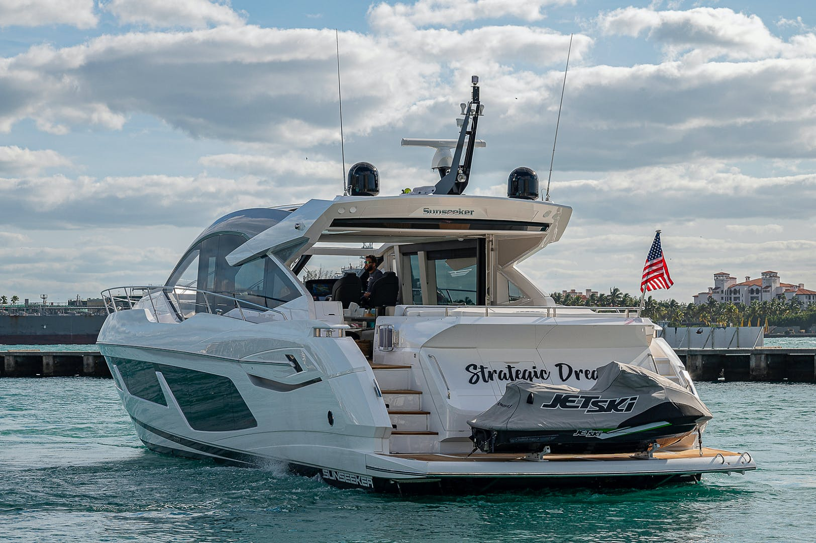 2019 Sunseeker 74' PREDATOR 74  | Picture 7 of 53