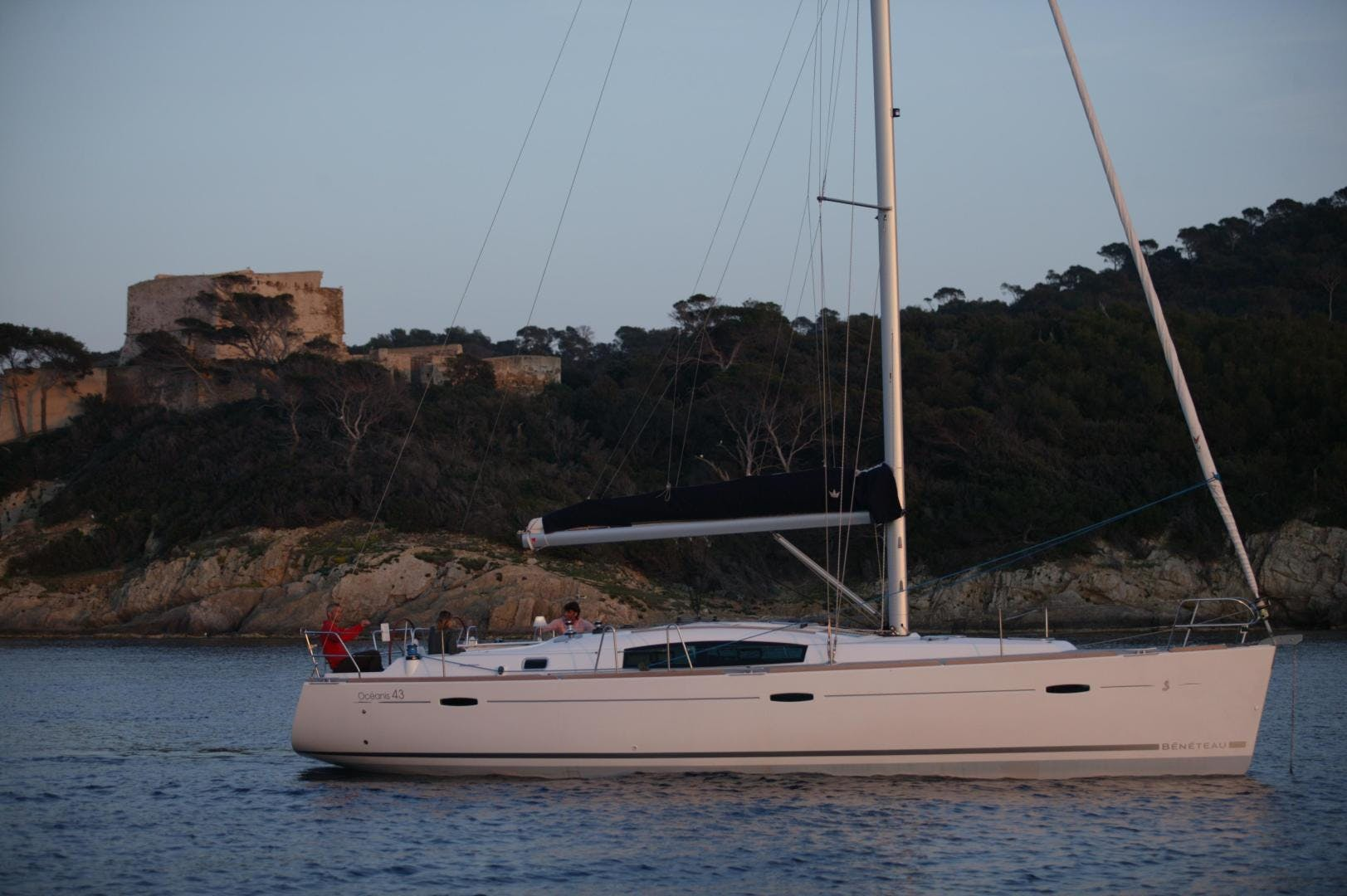 2008 Beneteau 43'  SUNQUEST | Picture 1 of 39