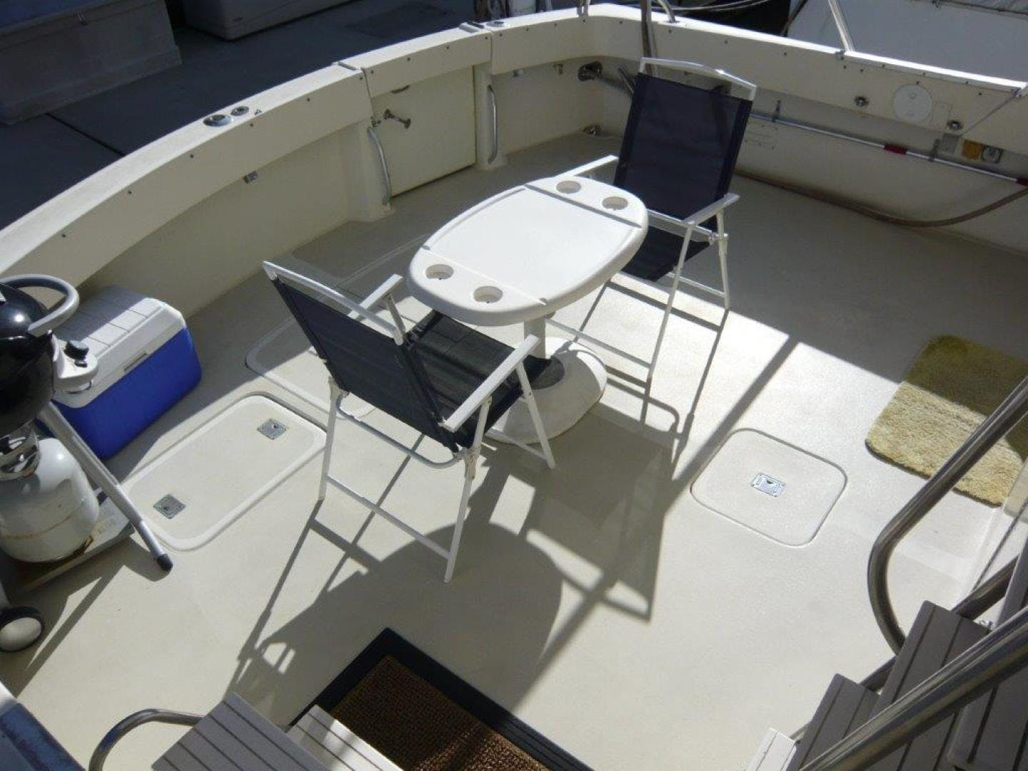 1988 Hatteras 55' Convertible No Name | Picture 6 of 57