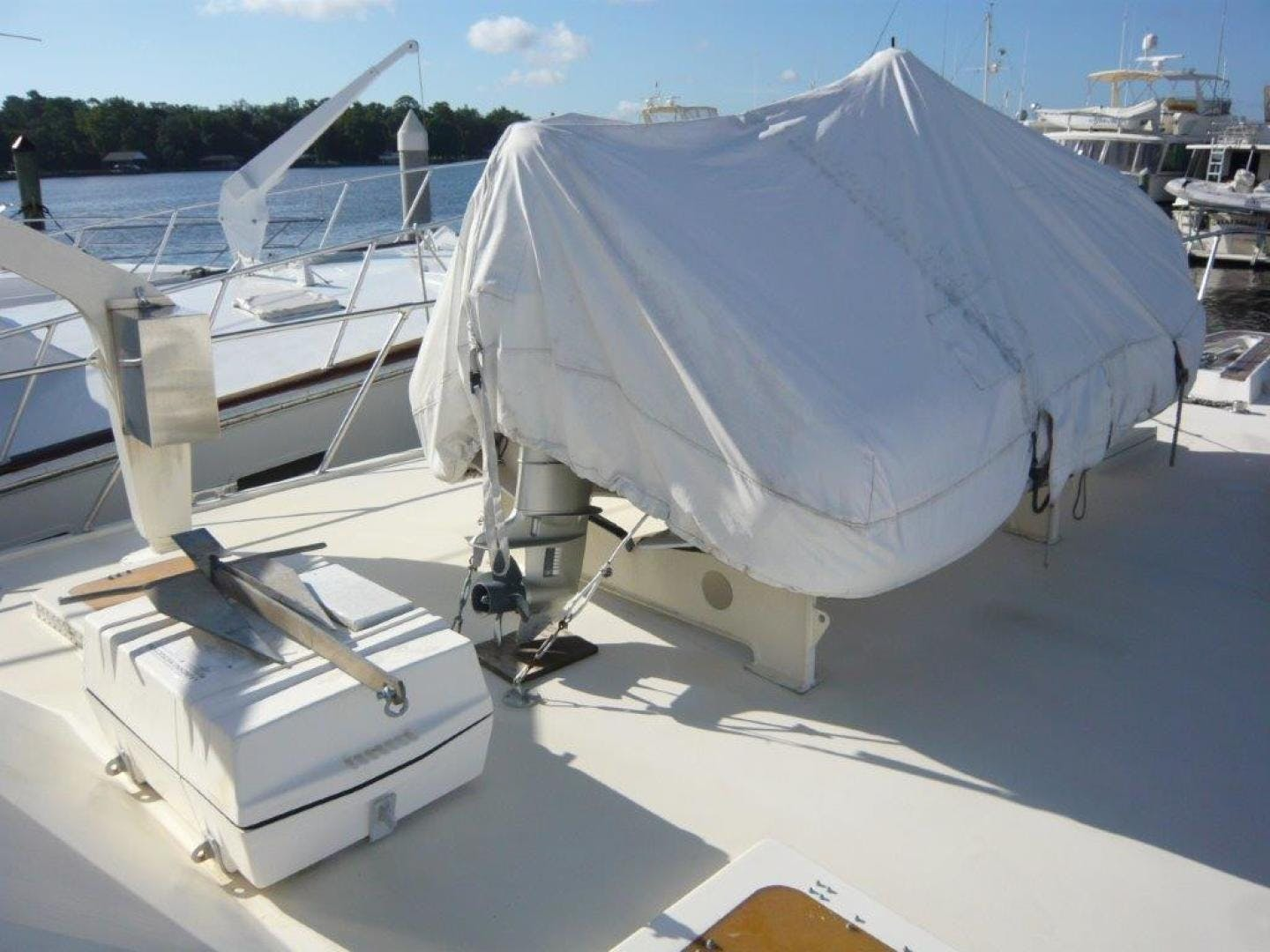 1988 Hatteras 55' Convertible No Name | Picture 8 of 57