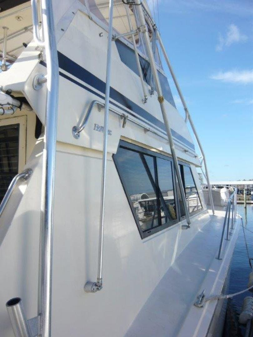 1988 Hatteras 55' Convertible No Name | Picture 7 of 57